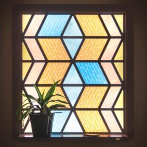 能发电的彩色玻璃窗