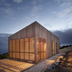 建筑师在海边造了一间60平米的月光小屋