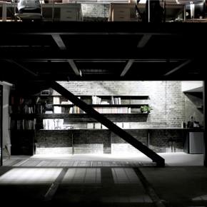 由胡同里小工厂改造成的建筑设计工作室
