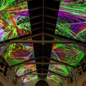 """布鲁塞尔艺术节展出""""复杂网格""""作品"""