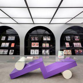 坐在意大利门廊下看书是一种怎么的体验?