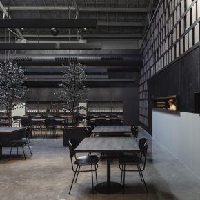 """旧飞机库改造的餐厅,""""前世今生""""都是暗黑工业风!"""