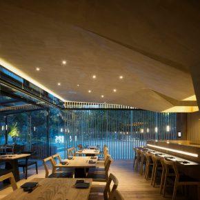 拥有多面结构的餐厅,让你感受一步一景的变化!
