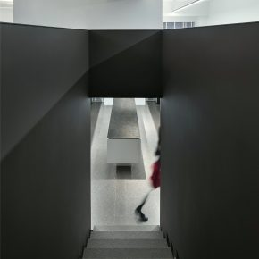 大成设计丨富力中心品质服装办公&展厅