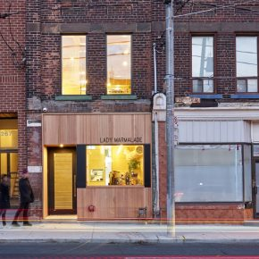 他们把133年前的老建筑改造成了多伦多最受欢迎的早午餐店